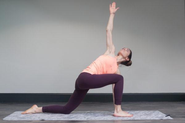 lunge warrior stretch
